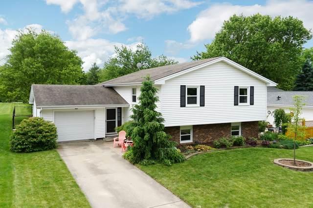 3203 Winchester Drive, Bloomington, IL 61704 (MLS #10735572) :: Ryan Dallas Real Estate