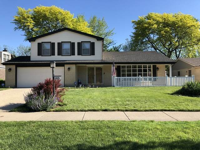 3926 Michael Lane, Glenview, IL 60026 (MLS #10735876) :: Helen Oliveri Real Estate