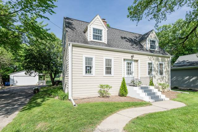 1727 Riverside Avenue, St. Charles, IL 60174 (MLS #10735959) :: O'Neil Property Group