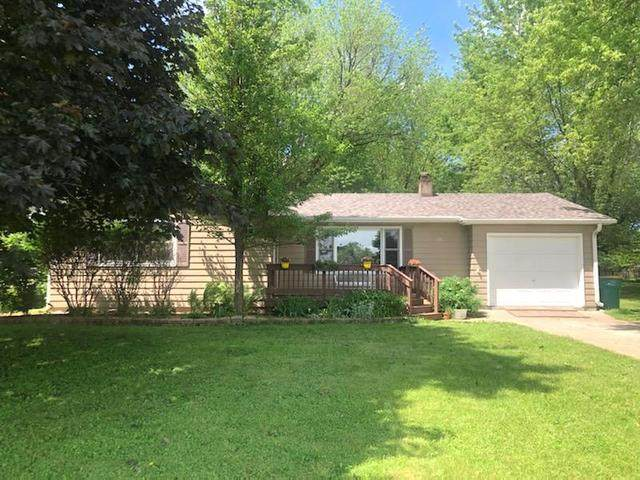 151 Maplewood Drive, Sycamore, IL 60178 (MLS #10735974) :: Helen Oliveri Real Estate