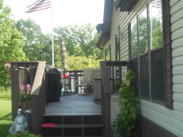 2464 E 29 Road #8, Seneca, IL 61360 (MLS #10736330) :: Janet Jurich