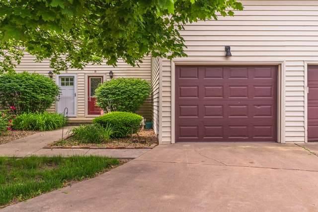 1711 King Drive B, Normal, IL 61761 (MLS #10736720) :: Janet Jurich