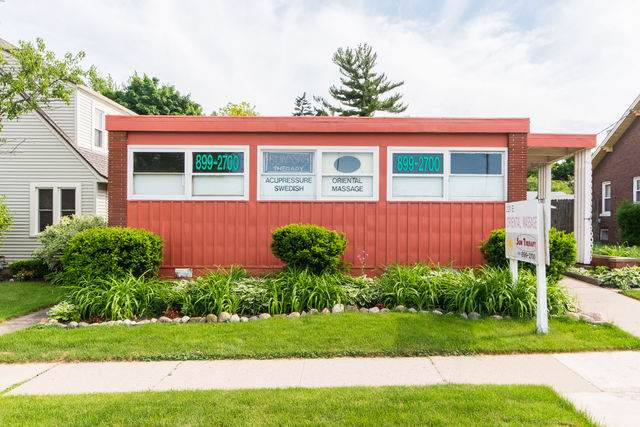 220 State Street, Sycamore, IL 60178 (MLS #10736794) :: Helen Oliveri Real Estate
