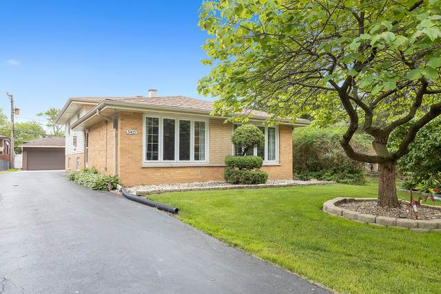 9405 S 82nd Court, Hickory Hills, IL 60457 (MLS #10736958) :: Property Consultants Realty
