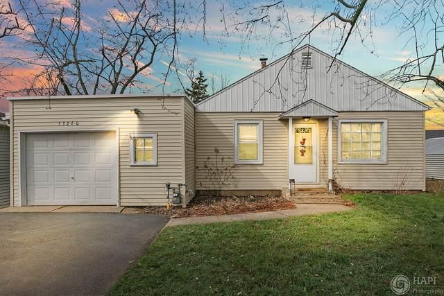 33260 N Park Street, Grayslake, IL 60030 (MLS #10737502) :: Helen Oliveri Real Estate
