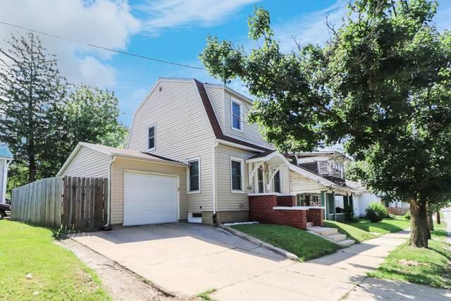 405 N Clinton Street, Bloomington, IL 61701 (MLS #10738921) :: BN Homes Group