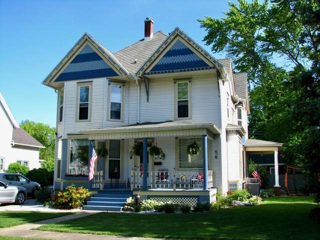 301 E Van Allen Street, Tuscola, IL 61953 (MLS #10739304) :: Ryan Dallas Real Estate
