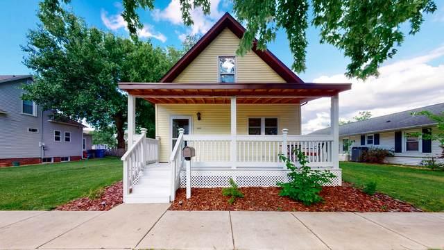 203 N Cedar Street, Lexington, IL 61753 (MLS #10739821) :: Janet Jurich