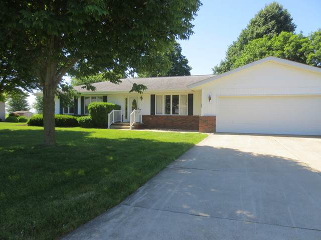 4 James Court, MINIER, IL 61759 (MLS #10740899) :: Angela Walker Homes Real Estate Group