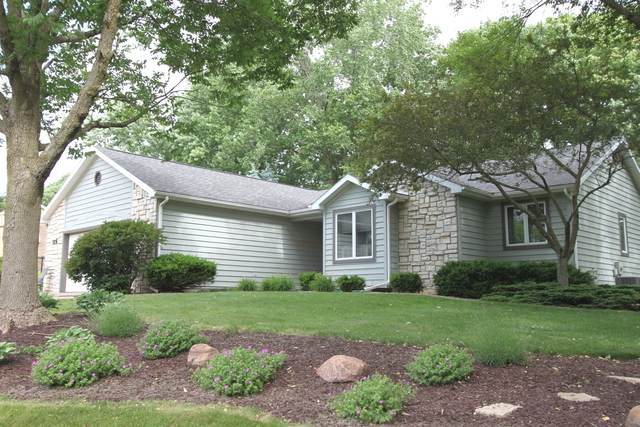 19354 Inverness Court, Bloomington, IL 61705 (MLS #10741166) :: The Wexler Group at Keller Williams Preferred Realty