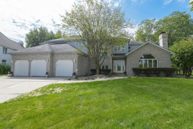 3949 Broadmoor Court, Naperville, IL 60564 (MLS #10741442) :: Helen Oliveri Real Estate