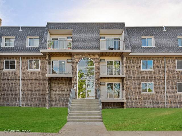 838 Mcintosh Court #107, Prospect Heights, IL 60070 (MLS #10741561) :: John Lyons Real Estate