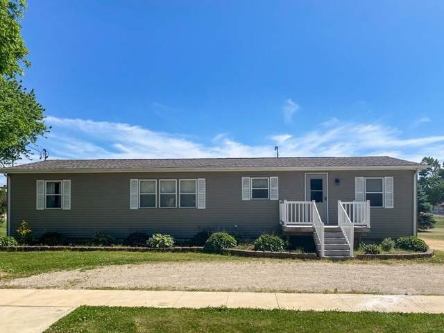 139 W Pleasant Street, Amboy, IL 61310 (MLS #10742490) :: Angela Walker Homes Real Estate Group