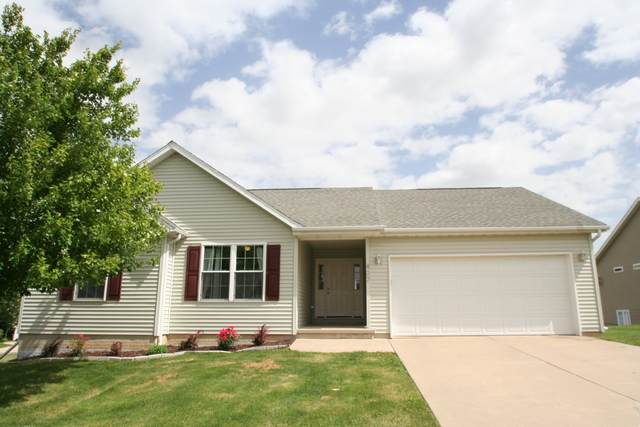 407 Coventry Lane, Mackinaw, IL 61755 (MLS #10742823) :: BN Homes Group