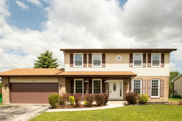 15713 Plum Tree Drive, Orland Park, IL 60462 (MLS #10744855) :: John Lyons Real Estate