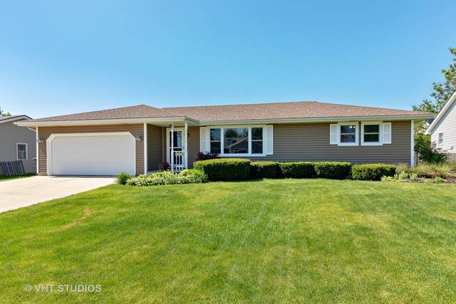 704 Plank Road, New Lenox, IL 60451 (MLS #10745058) :: The Wexler Group at Keller Williams Preferred Realty