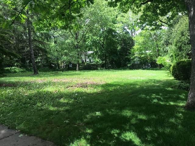 210 E North Avenue, Lake Bluff, IL 60044 (MLS #10745460) :: Property Consultants Realty