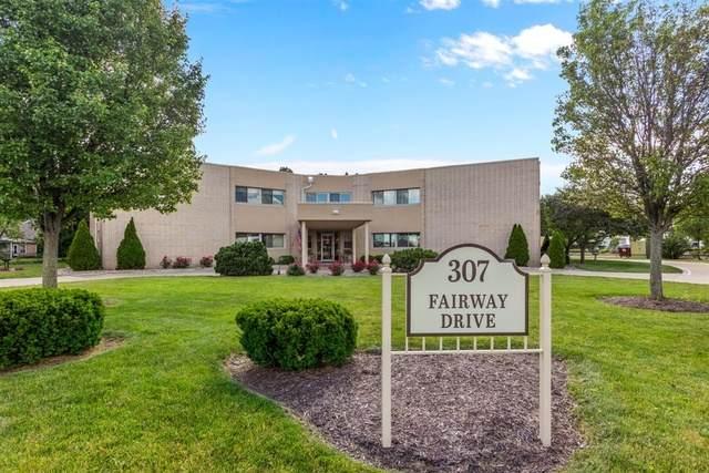 307 Fairway Drive #7, Bloomington, IL 61701 (MLS #10746181) :: The Wexler Group at Keller Williams Preferred Realty