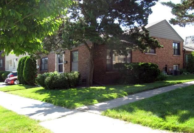 8017 Edgewater Road, North Riverside, IL 60546 (MLS #10746446) :: Angela Walker Homes Real Estate Group