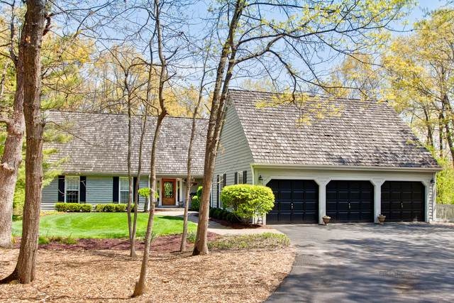 30 Inverness Court, Lake Bluff, IL 60044 (MLS #10746875) :: Jacqui Miller Homes