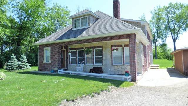 27739 N Oak Street, Island Lake, IL 60042 (MLS #10747611) :: Property Consultants Realty