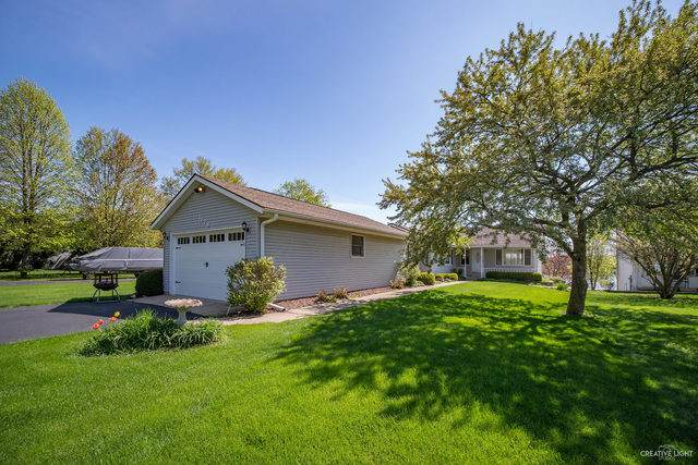 1178 Lady Bird Drive, Lake Holiday, IL 60552 (MLS #10747853) :: Property Consultants Realty