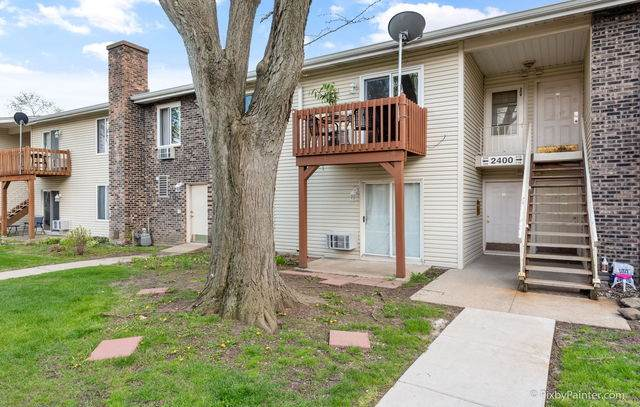 2400 Light Road #209, Oswego, IL 60543 (MLS #10748313) :: Property Consultants Realty