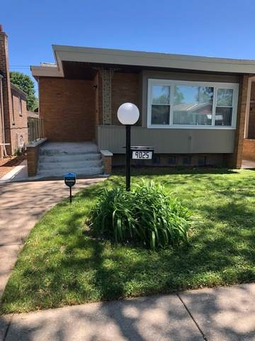 9025 S Oglesby Avenue, Chicago, IL 60617 (MLS #10748446) :: Property Consultants Realty