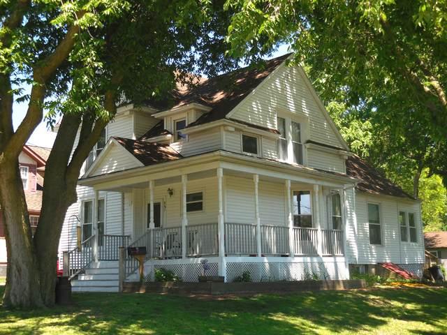 885 O'conor Avenue, Lasalle, IL 61301 (MLS #10748649) :: The Dena Furlow Team - Keller Williams Realty