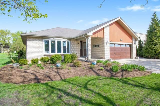 1742 N Beverly Lane, Arlington Heights, IL 60004 (MLS #10749190) :: Ryan Dallas Real Estate