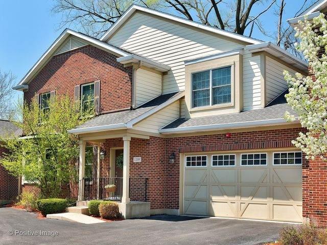 1209 Charleston Court #1209, Westmont, IL 60559 (MLS #10751531) :: John Lyons Real Estate
