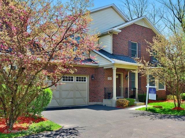 1215 Charleston Court #1215, Westmont, IL 60559 (MLS #10751577) :: John Lyons Real Estate
