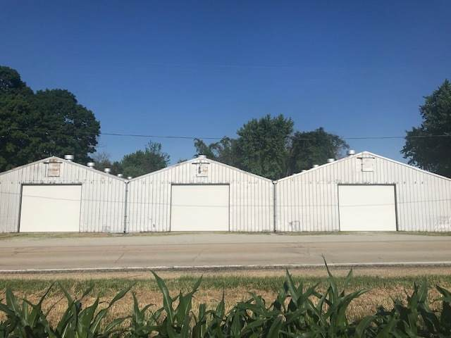 14197 Round Grove Road, Morrison, IL 61270 (MLS #10751590) :: Property Consultants Realty