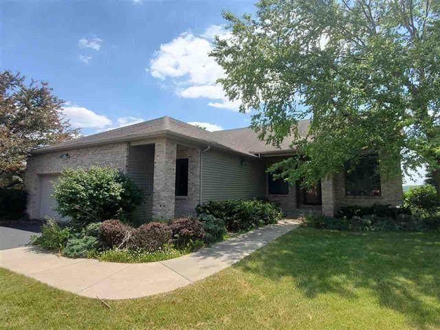128 Century Hill Drive, Oregon, IL 61061 (MLS #10752064) :: Ryan Dallas Real Estate