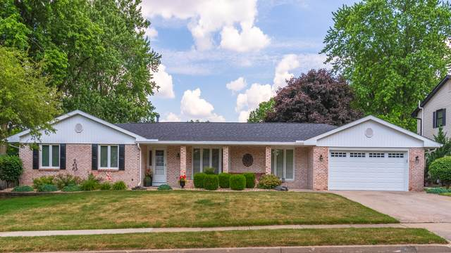 204 Hampton Drive, Bloomington, IL 61704 (MLS #10754503) :: Property Consultants Realty