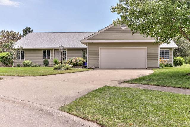 3311 Summerview Lane, Champaign, IL 61822 (MLS #10754529) :: Property Consultants Realty