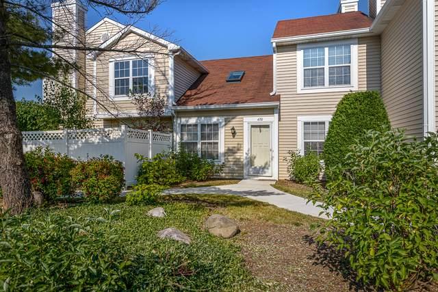 470 Le Parc Circle, Buffalo Grove, IL 60089 (MLS #10756110) :: John Lyons Real Estate