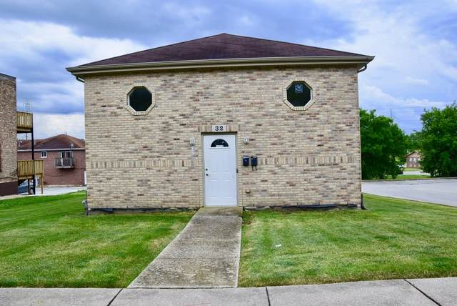 32 W 29th Street, South Chicago Heights, IL 60411 (MLS #10756285) :: Property Consultants Realty
