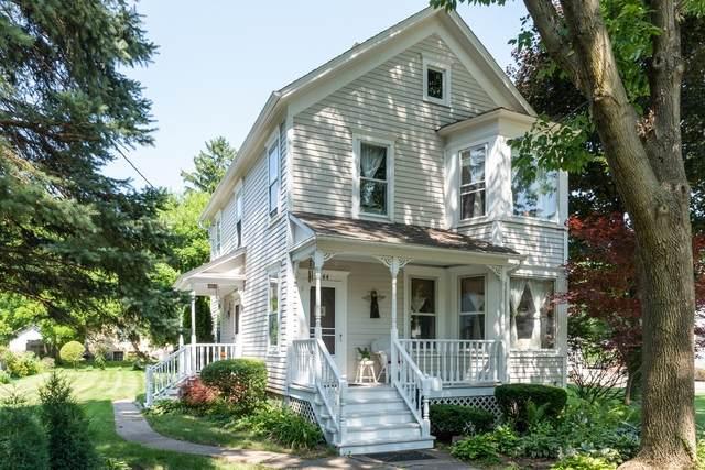 244 N Benton Street, Palatine, IL 60067 (MLS #10757517) :: Helen Oliveri Real Estate