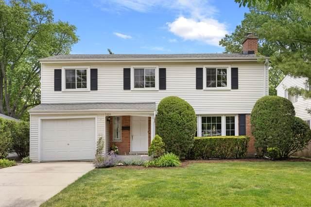 223 Riverside Drive, Northfield, IL 60093 (MLS #10758349) :: Property Consultants Realty