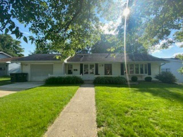 118 N Westwood Avenue, Freeport, IL 61032 (MLS #10758351) :: Property Consultants Realty