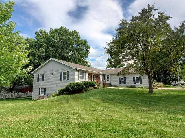 501 S 7th Street, Oregon, IL 61061 (MLS #10758701) :: Ryan Dallas Real Estate