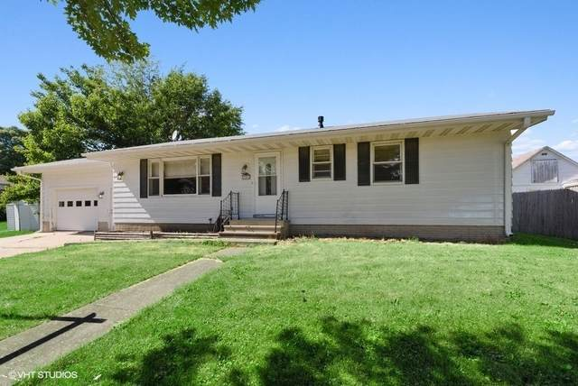 306 E Cherokee Avenue, Shabbona, IL 60550 (MLS #10760875) :: The Dena Furlow Team - Keller Williams Realty