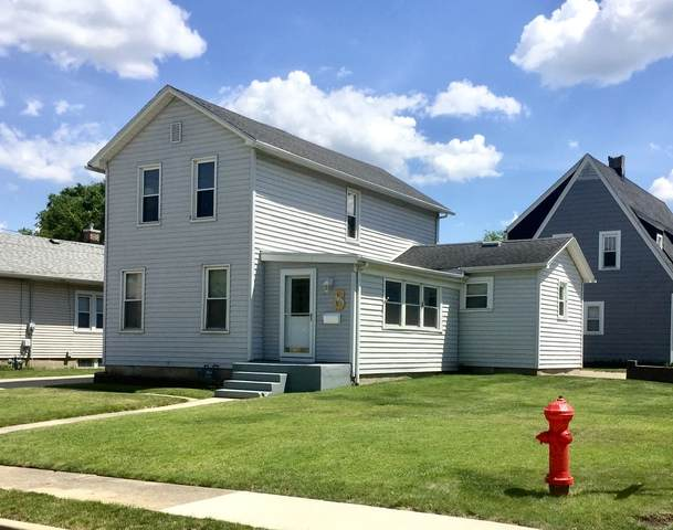 1828 11th Street, Peru, IL 61354 (MLS #10761263) :: Property Consultants Realty