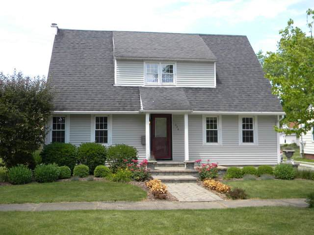 324 S Thomas Street, Gilman, IL 60938 (MLS #10761307) :: Property Consultants Realty