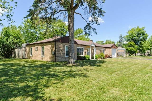 302 Behm Drive, Grayslake, IL 60030 (MLS #10761588) :: Property Consultants Realty
