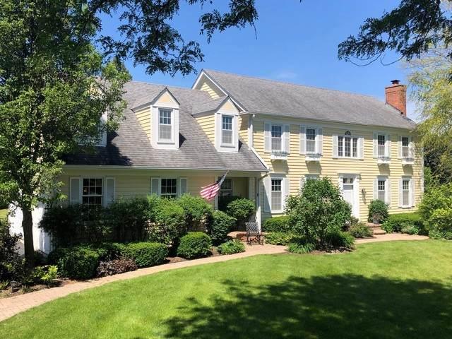 17 Cobblewood Lane, Hawthorn Woods, IL 60047 (MLS #10761634) :: Helen Oliveri Real Estate
