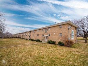 2909 Willow Lane, Zion, IL 60099 (MLS #10761895) :: John Lyons Real Estate