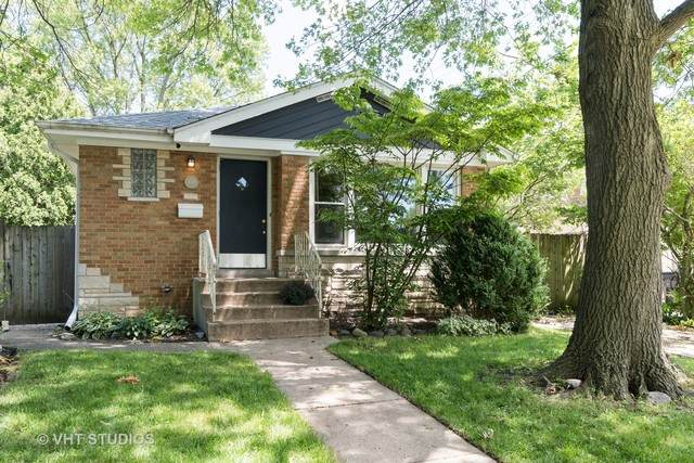 801 Dewey Avenue, Evanston, IL 60202 (MLS #10762341) :: Property Consultants Realty