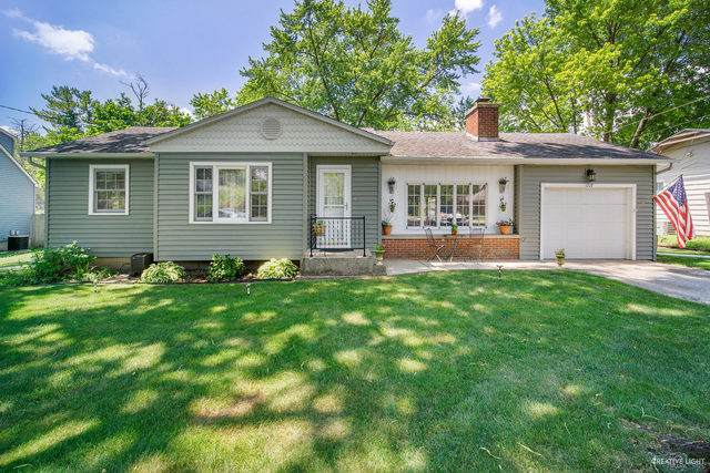 1227 S Lincoln Avenue, Montgomery, IL 60538 (MLS #10762556) :: The Wexler Group at Keller Williams Preferred Realty